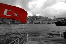 Free Istanbul From The Sea Stock Photography - 143262