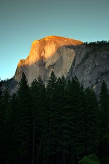 Free Half Dome, Yosemite National Park Stock Photo - 1405230