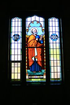Free Stained Glass Window Image Of Saint Peter Royalty Free Stock Images - 1405729