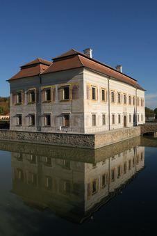 Free Renaissance Chateau Stock Image - 1409291