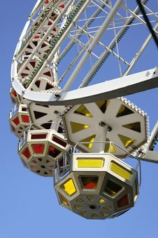 Free Ferris Wheel Royalty Free Stock Photo - 14002585
