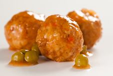 Free Meatballs With Green Peas Stock Image - 14006041