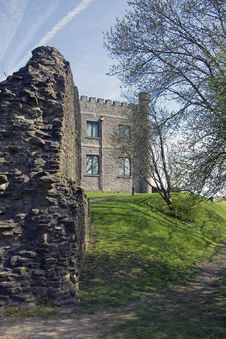 Free Abergavenny Castle Royalty Free Stock Photography - 14006777