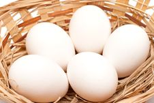 Free White Eggs In A Basket Royalty Free Stock Photography - 14007767