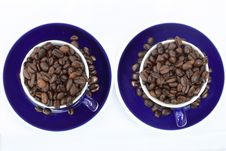 Free Two Blue Espresso Cups Filled With Coffee Beans Royalty Free Stock Images - 14007889