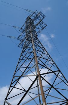 Free Power Transmission Tower. Royalty Free Stock Photos - 14008408