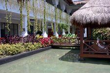 Free Luxury Hotel Resort Royalty Free Stock Image - 14009926