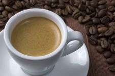Free Coffee Cup With Beans Stock Images - 14015364