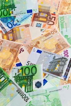 Free Euro Banknotes. Stock Images - 14015584