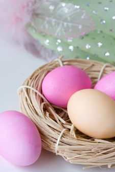Free Colorful Easter Eggs In The Nest Stock Photography - 14017142