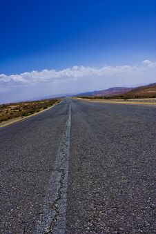 Free Desert Road Stock Photo - 14017440
