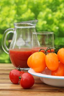 Free Fresh Summer Tomato Drink Royalty Free Stock Photography - 14017917
