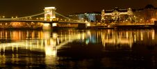 Free Chain Bridge In Budapest, Hungary Royalty Free Stock Image - 14019976