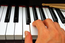 Free Right Hand Playing On Piano Keyboard Stock Photos - 14020263