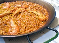Free Valencian Authentic Shellfish Paella Royalty Free Stock Photo - 14022545