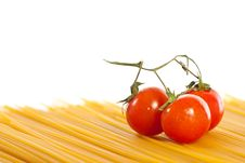 Free Tomatoes And Pasta Royalty Free Stock Image - 14025306