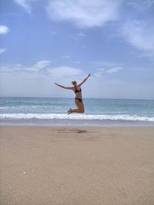 Free Gilr On Beach Royalty Free Stock Photos - 14027388
