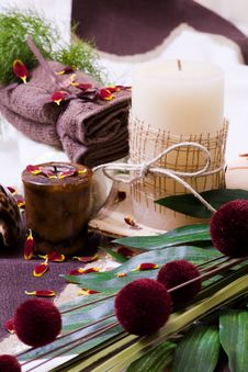 Free Spa - Relax With Candles, Tower And Flower Stock Images - 14027954