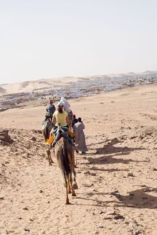 Free Camel Ride Royalty Free Stock Photography - 14031157