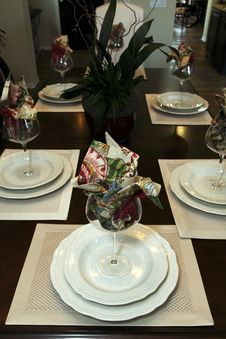 Free Dining Table Decor Royalty Free Stock Photos - 14032588