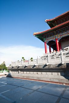 Free Chinese Temple Court Royalty Free Stock Photo - 14034215