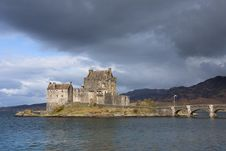 Free Scotland: Eilean Donan Castle Stock Images - 14036234