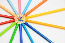 Free Color Pencil In Round Royalty Free Stock Photo - 14040425