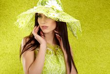 Free Beautiful Spring Woman Royalty Free Stock Images - 14040669