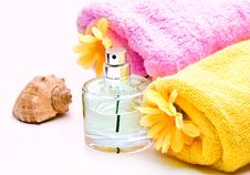 Free Spa Towels With Flower Royalty Free Stock Photography - 14041307