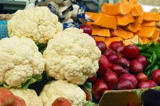 Free Close Up Of Vegetables On Market Stand Royalty Free Stock Photos - 14041698