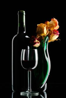 Free Bottle  With Vase Royalty Free Stock Photos - 14044398