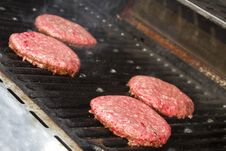 Free Bbq Grill Stock Photography - 14046532