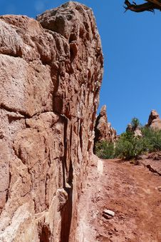 Free Desert Red Rock Wall Stock Photo - 14047910