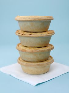 Free Australian Meat Pies Royalty Free Stock Images - 14048939