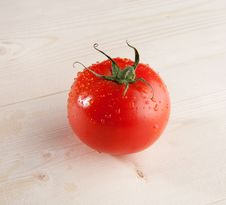 Free One Fresh Tomato Stock Photography - 14058282