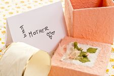 Free Gifts To Mom Stock Photography - 14059882