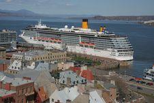 Free Wonderful Cruise Royalty Free Stock Image - 14060866