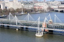 Free The Golden Jubilee Bridge At London Royalty Free Stock Images - 14064049