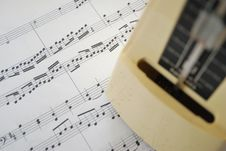 Free Music Score And Metronome Royalty Free Stock Images - 14064369