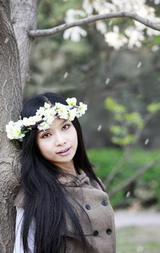 Free Chinese Girl In Spring Stock Photos - 14066343