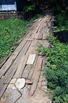 Free Old Wooden Bridge Royalty Free Stock Images - 14071499