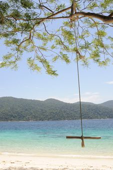 Free Swing On The Beach Royalty Free Stock Images - 14074069