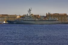 Free Anchored Military Ship Royalty Free Stock Images - 14074149