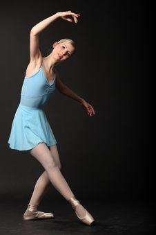 Free Dancing Ballerina Royalty Free Stock Image - 14075166