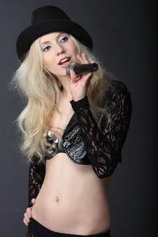 Free Singing Blond Girl Royalty Free Stock Image - 14075186