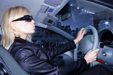 Free Young Woman Driving Car Royalty Free Stock Photography - 14075857