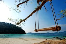 Free Swing In The Sea Royalty Free Stock Photos - 14076608
