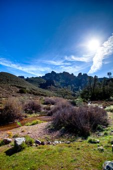 Free Pinnacles Hike Royalty Free Stock Image - 14078016