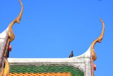 Free Traditional Thai Style On Temple S Roof Stock Photography - 14079312