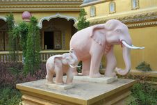 Free Elephant Statue Stock Image - 14079451